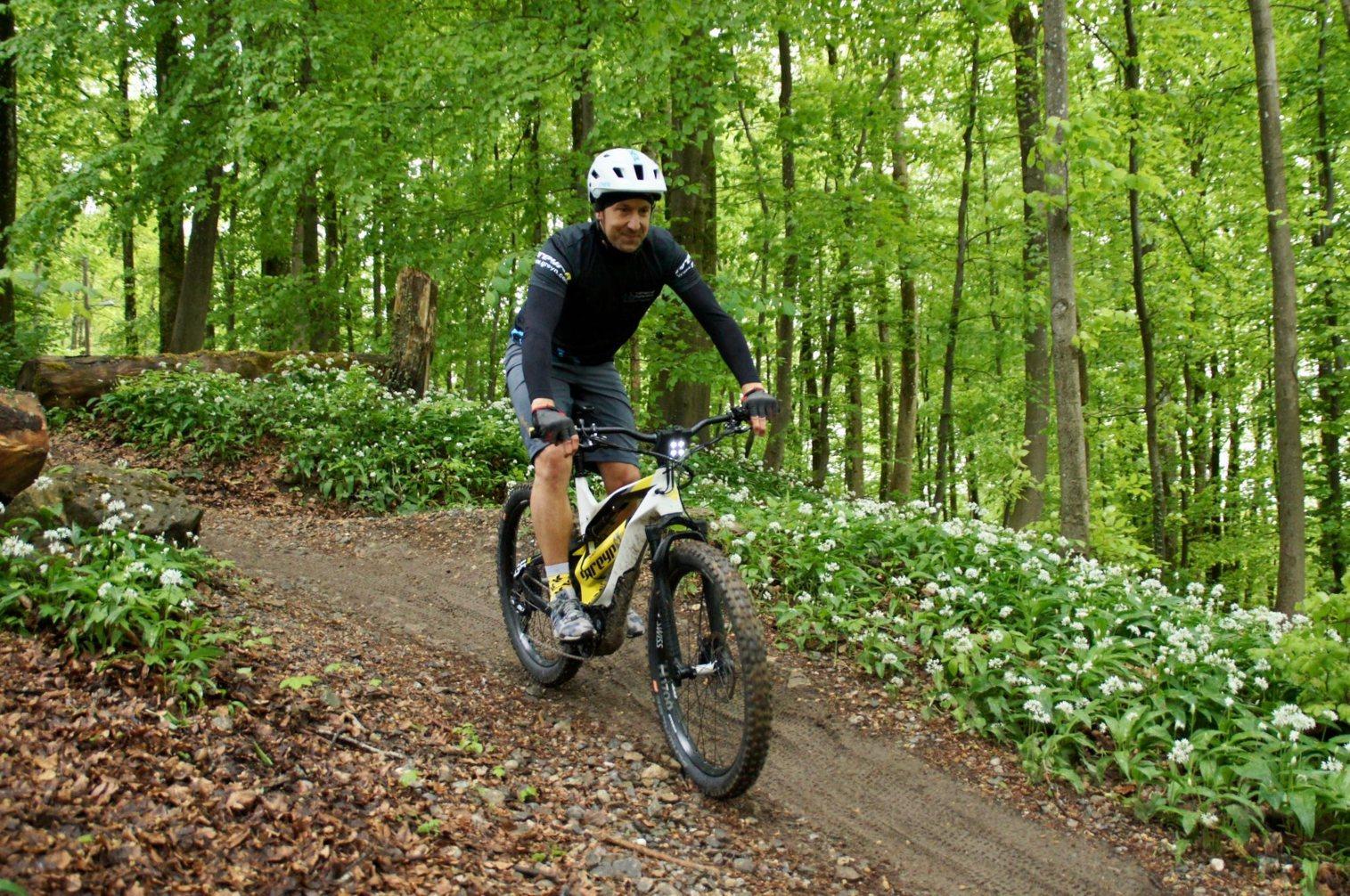 8 Gründe, sich über E-Bikes zu freuen